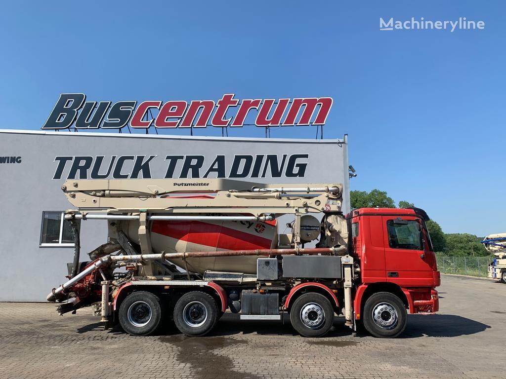 Putzmeister  on chassis MERCEDES-BENZ Actros 3240 8x4 Putzmeister 24-3 m concrete pump